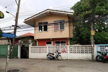 ขายด่วน บ้านเดี่ยว 2 ชั้น 4 นอน 2 น้ำ เนื้อที่ 52 วา บุญศิริ มีรถไฟฟ้าปากซอย